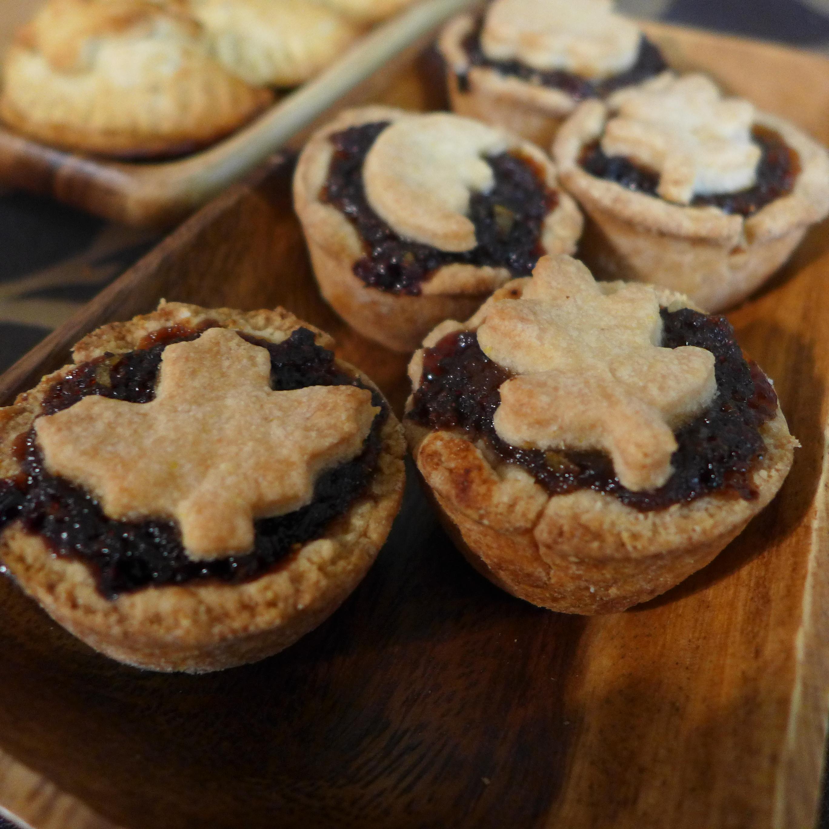 Kitchen Overlord Hobbit Week - Small Adventure Mincemeat Pies