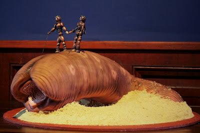 Sandworm 02 via Janas Fun Cakes
