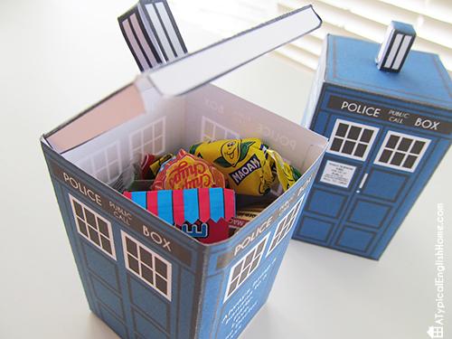 Whovian printables TARDIS favor box
