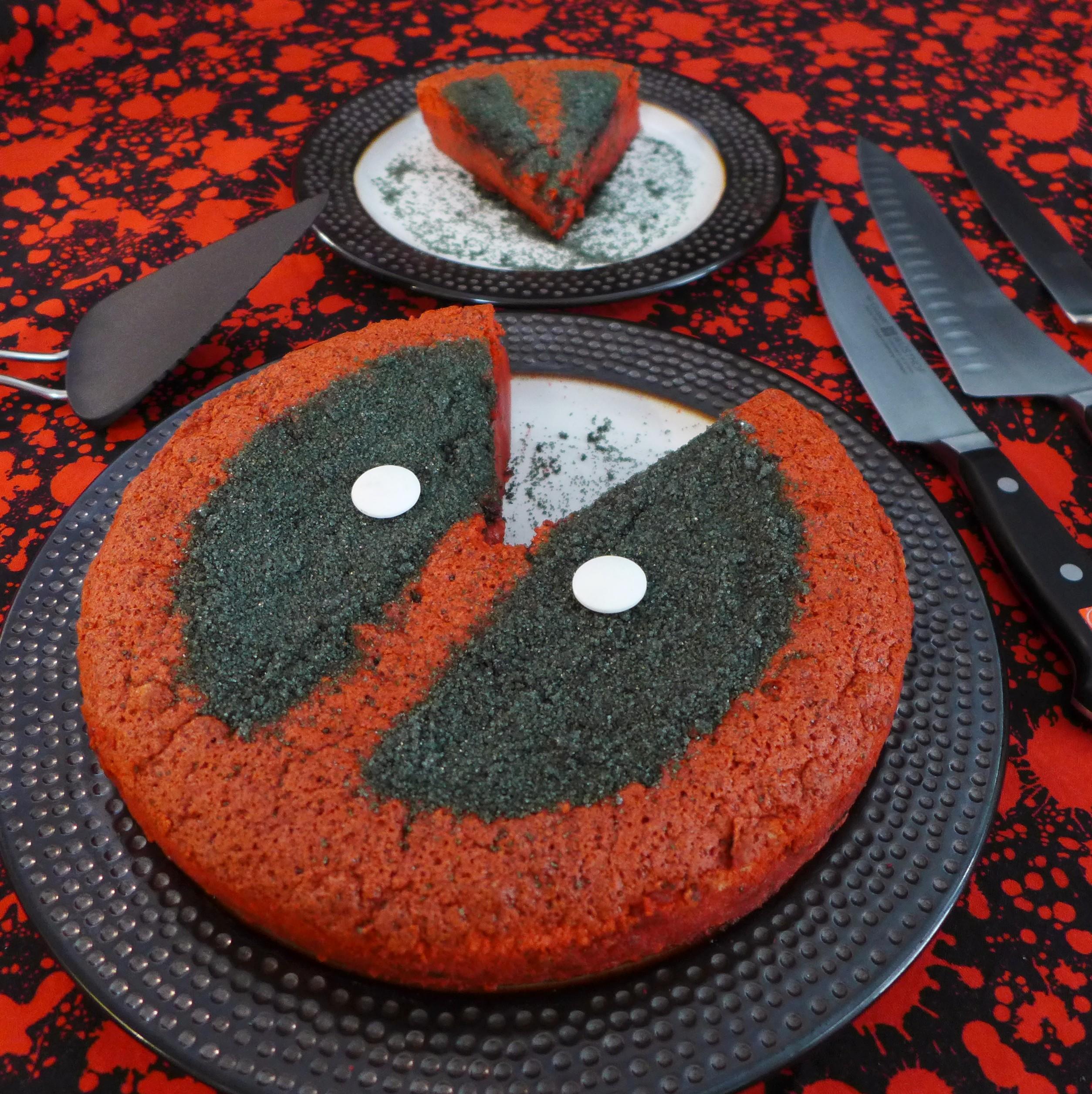 Kitchen Overlord's Deadpool Magic Cake 07